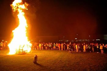 2014 Bonfire 2